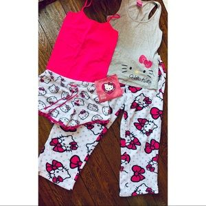 💕Hello Kitty Pajama Sets!💕